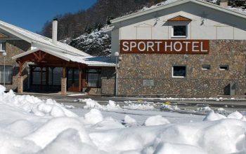 Hotel Sport 3*, Mavrovë