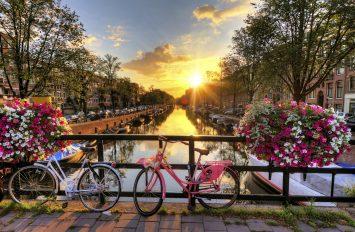Amsterdam (me autobus), 14 Mars, 8 Ditë, €399