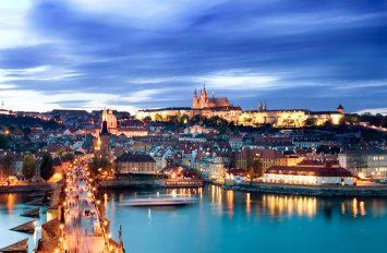 Pragë (me avion), 5 Dhjetor, 4 ditë, €399