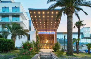 Budva me mbremje festive, hotel Falkensteiner 4*, nisje me 6 dhe 7 Mars, 2 ditë, €59