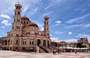 Korçë- Voskopojë, nisje me 5 , 6 , 12 , 13 , 19 , 26 , 27 Shtator, 1 ditë, 1700 lekë