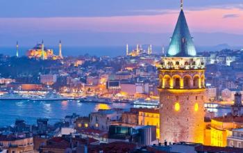 Stamboll (me avion), nisje me 6, 13, 20, 29 Nentor, 3 ditë të plota, €239